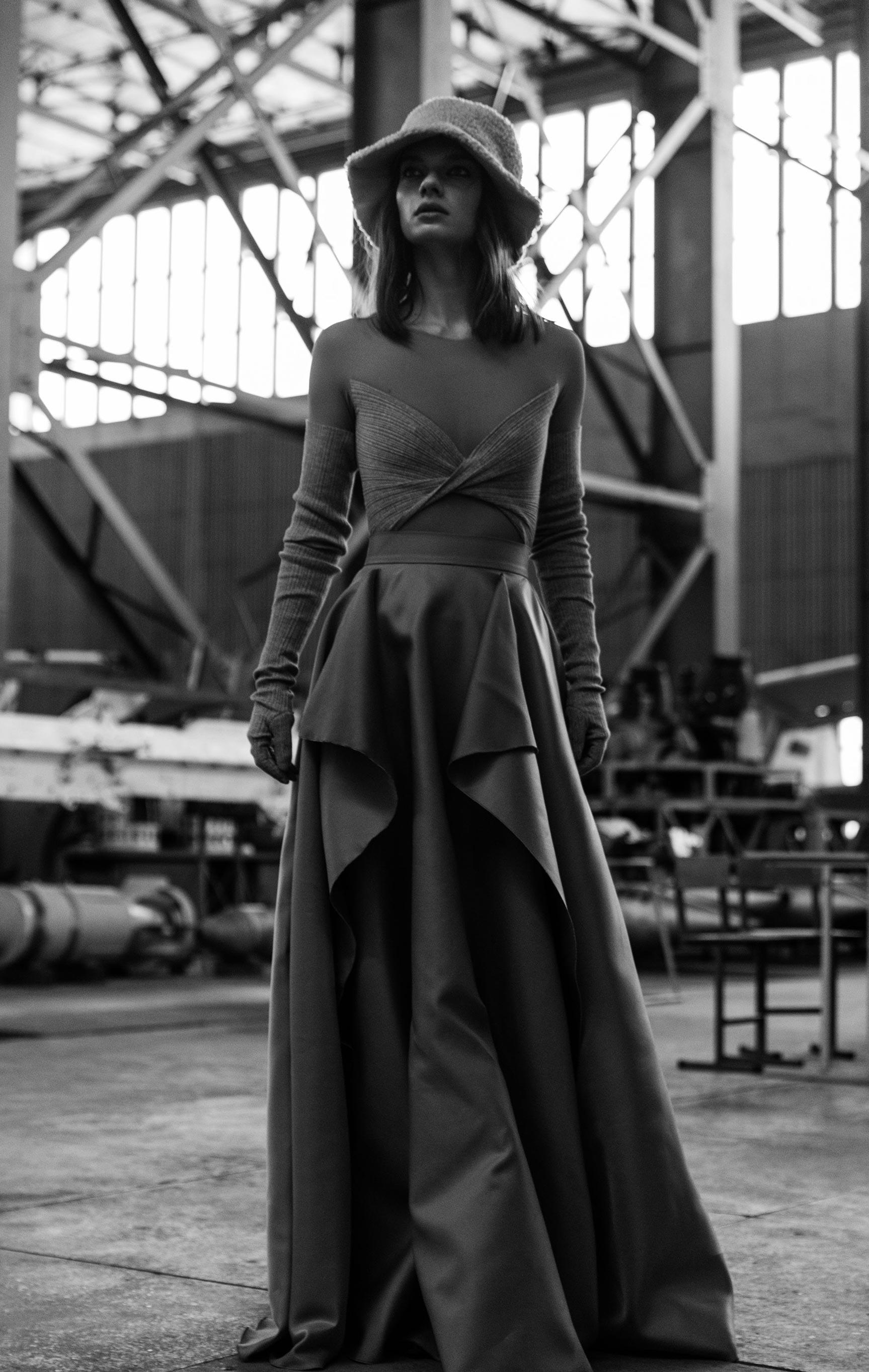 осенне-зимняя 2021-22 коллекция модного бренда Valery Kovalska / фото 05