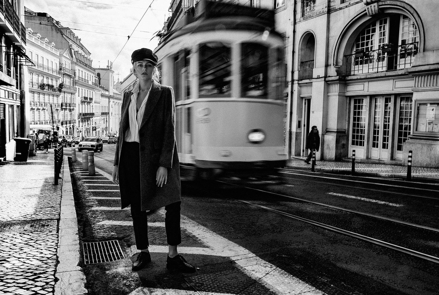 Яна Нагорняк гуляет по осеннему Лиссабону / фото 31