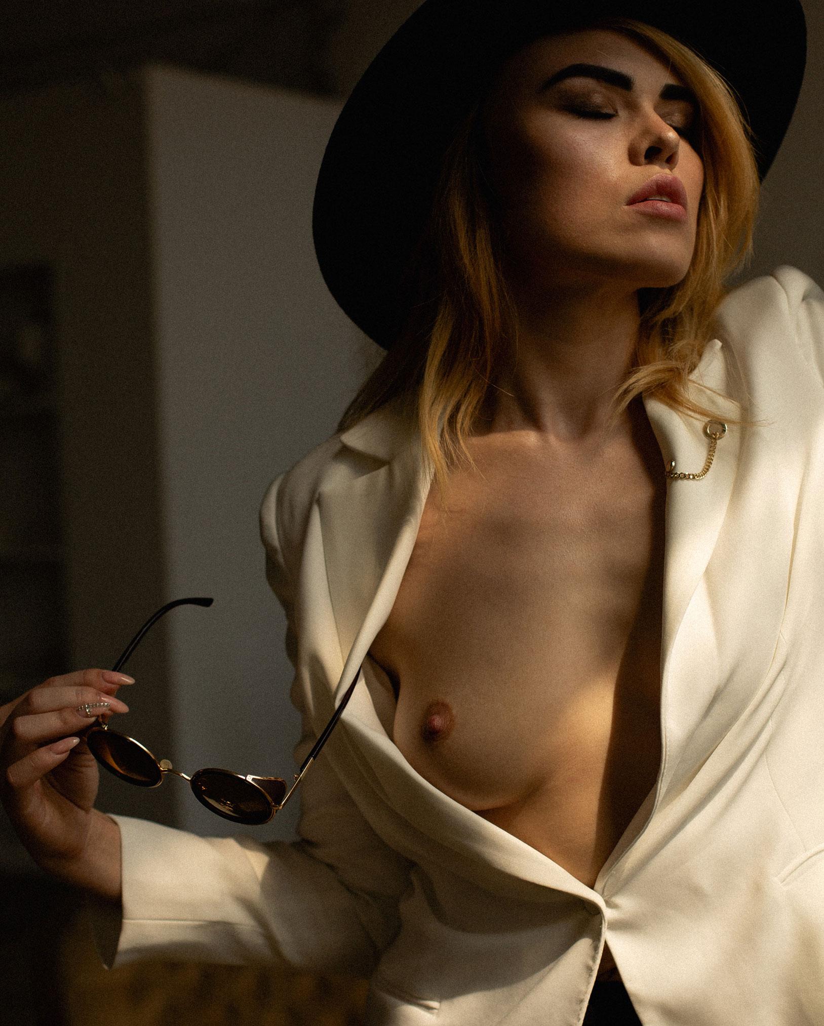 сексуальная фотомодель Эллина Мюллер / фото 05