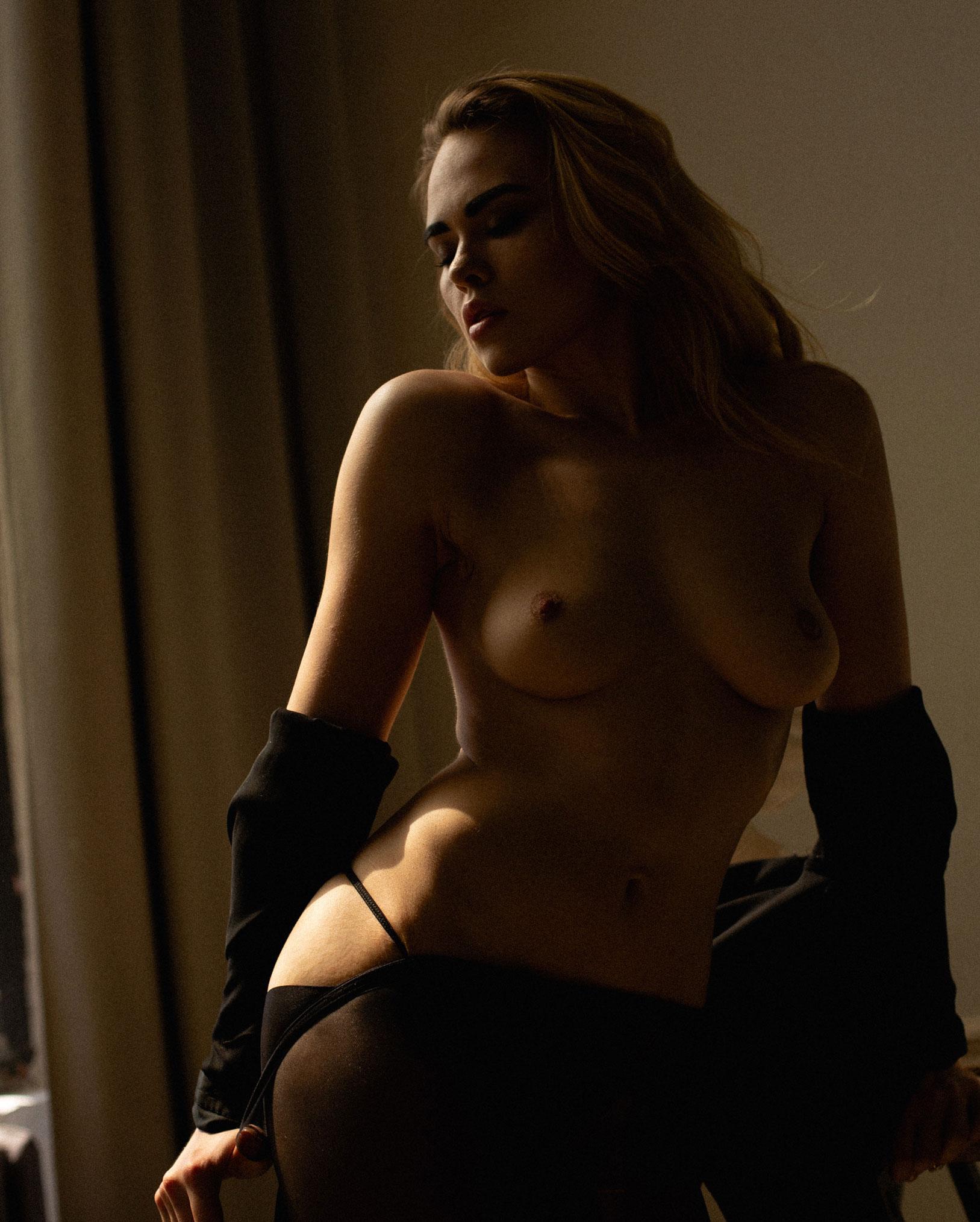 сексуальная фотомодель Эллина Мюллер / фото 07