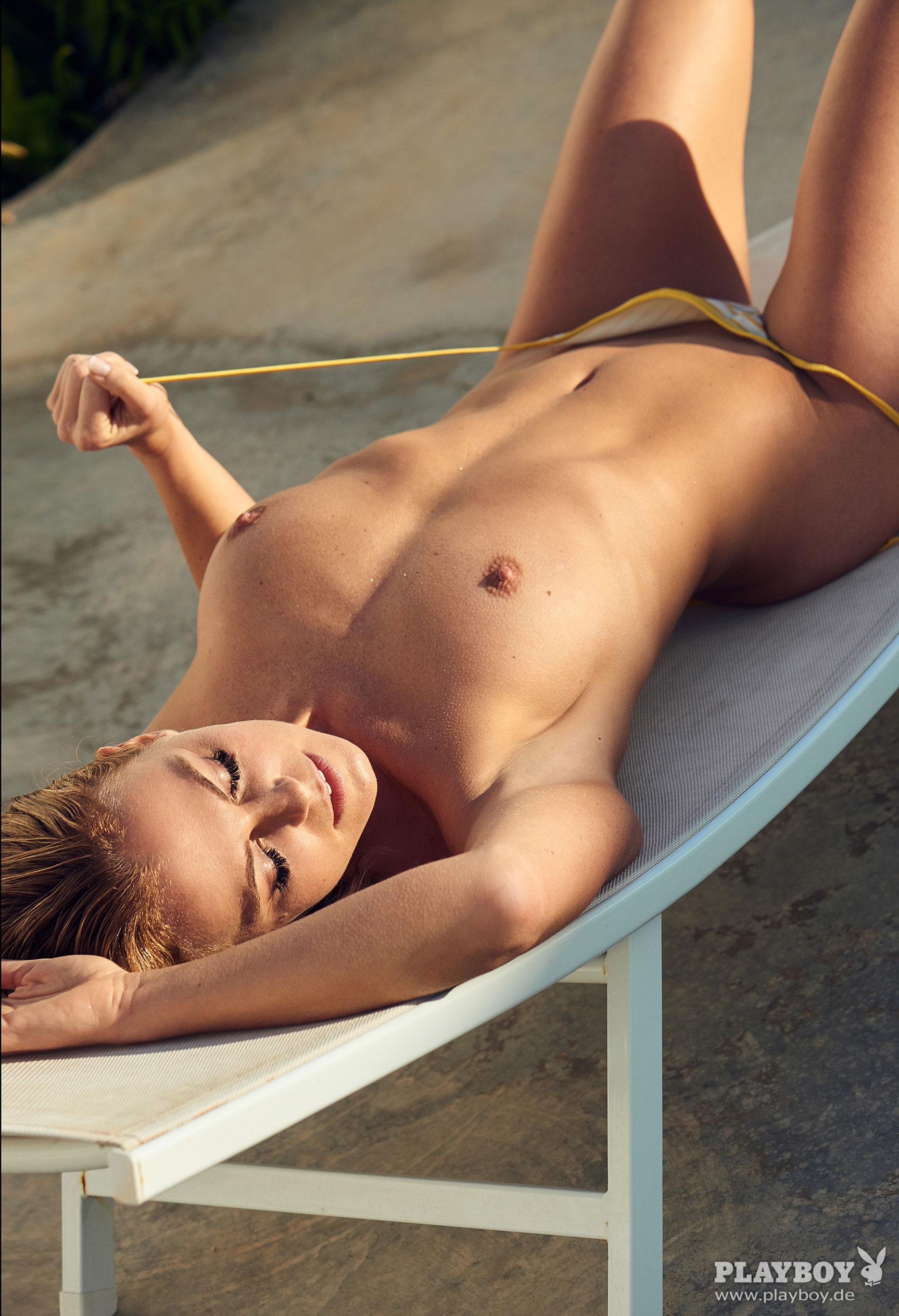 фитнес-модель и тренер, телезвезда Марейке Спалек в журнале Playboy Германия, апрель 2018 / фото 07