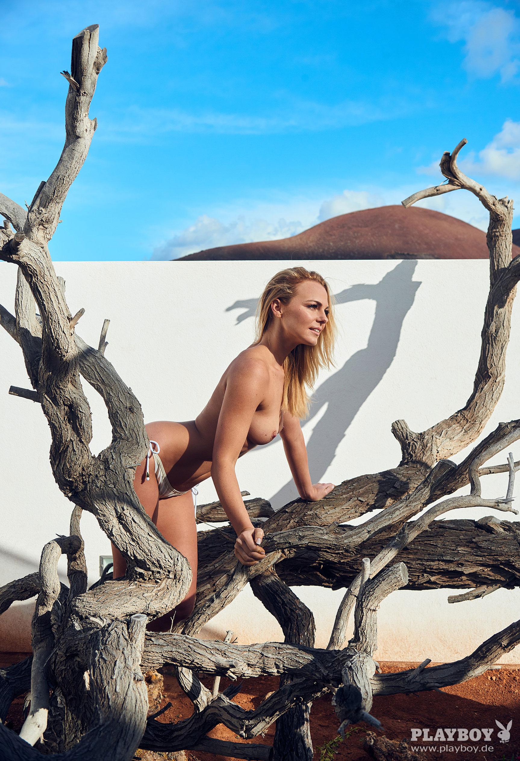 фитнес-модель и тренер, телезвезда Марейке Спалек в журнале Playboy Германия, апрель 2018 / фото 12