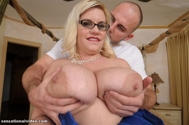 HOTSEXYPLUMPERS/plumperpass: Tiffany Blake - First Time Anal! [HD 720p] (BBW)