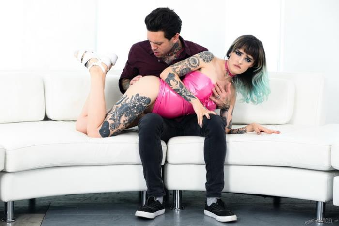 Holly Beth - Holly Beth Latex Sex (2021 BurningAngel.com) [FullHD   1080p  909.79 Mb]