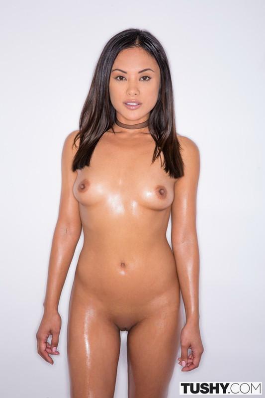 Kaylani Lei - I Had Anal Sex With My Personal Trainer (2021 Tushy.com) [HD   720p  2.75 Gb]