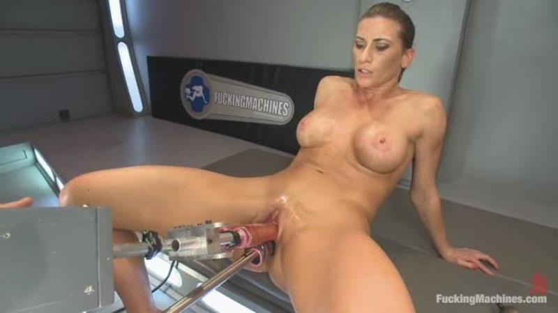 Ariel X - TRIPLE PENETRATION MUSCLE BABE: Ariel X Flexing Her Pussy Power [FuckingMachines.com/Kink.com] HD 720p