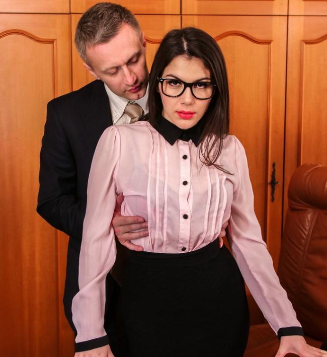 PornoAcademie.com, PornDoePremium.com - Valentina Nappi