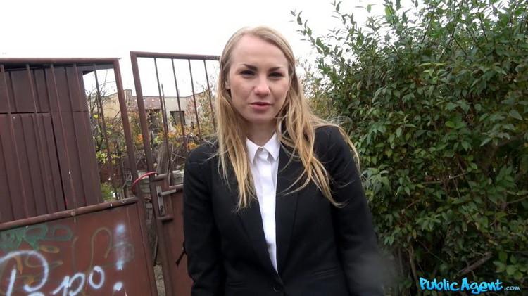 Madison Lush - Cute Russian fucked through tights [PublicAgent/FakeHub] FullHD 1080p