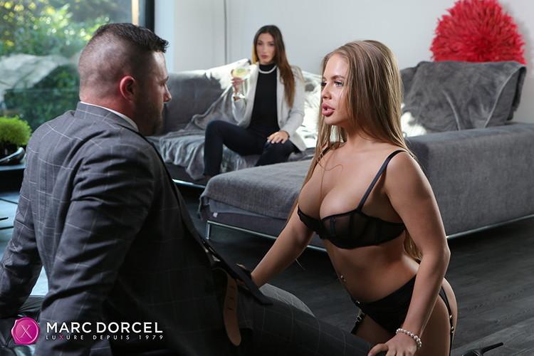 Alessandra Jane, Clea Gaultier ~ Clea Gaultier Private Banker ~ DorcelClub ~ FullHD 1080p